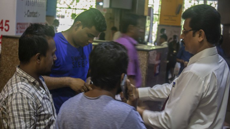 Mumbai: Railways collect a fine of ₹1 crores