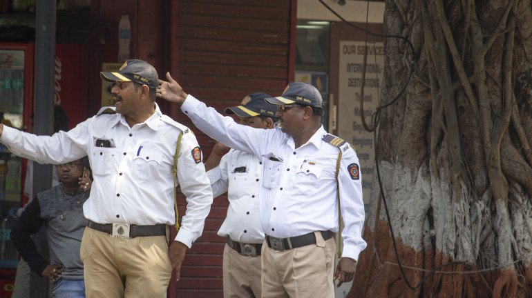 State traffic police gives vehicle owners an ultimatum to clear e-challan fines or appear for lok adalat