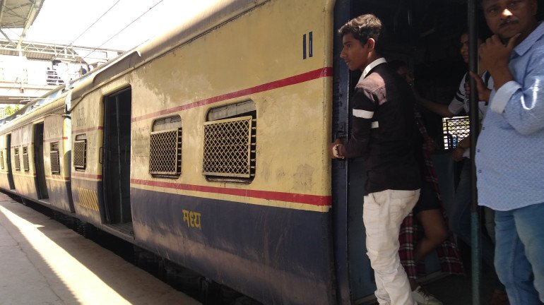Railways report significant drop of fake IDs used to commute in local trains
