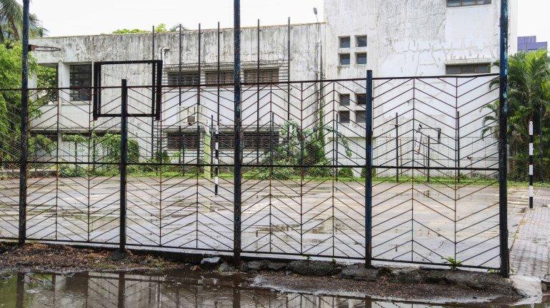 Teachers ask Maharashtra education department to remove 50 per cent attendance rule