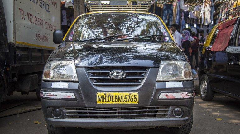 मुंबईतील 'इतक्या' टॅक्सींना रुफलाइट इंडिकेटर