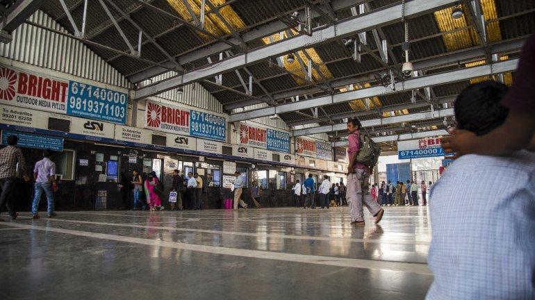 'युनिव्हर्सल ट्रॅव्हल पास'मुळे तिकीट खिडक्यांवरील गर्दी कमी