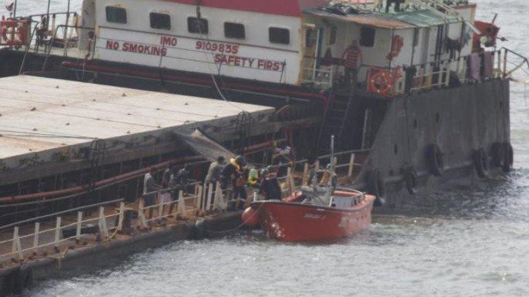 नौसैनिक खोज अभी भी जारी है;  26 लापता, 49 शव बरामद