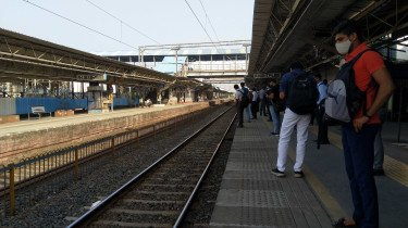 General public may be allowed to travel via Mumbai local soon