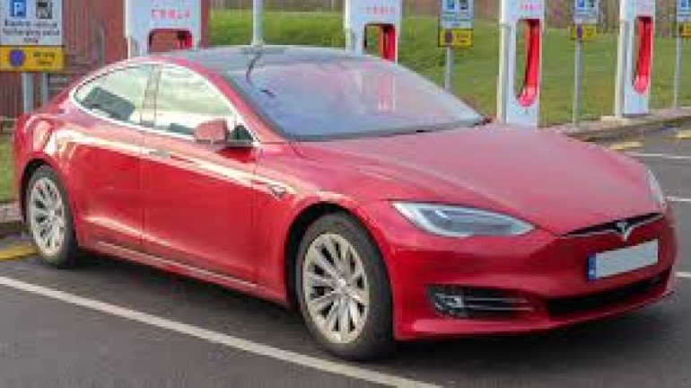 Tesla begins the search for Retail and Charging Locations Around Mumbai
