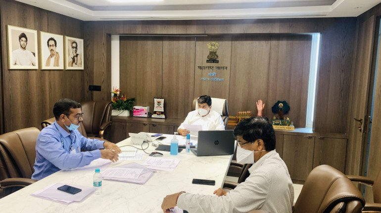 Uday Samant directs officials to expedite work on the sub-center in Ratnagiri