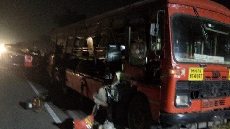 MSRTC bus accident on Mumbai-Pune expressway; one killed, 16 injured