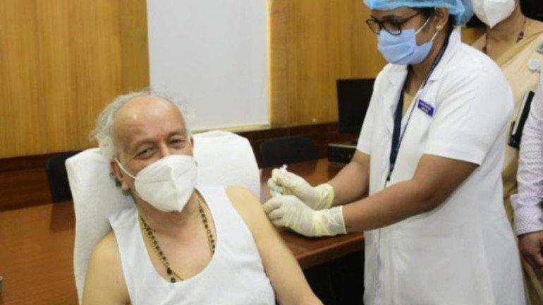 Maharashtra Governor Bhagat Singh Koshyari gets first dose of COVID-19 vaccine