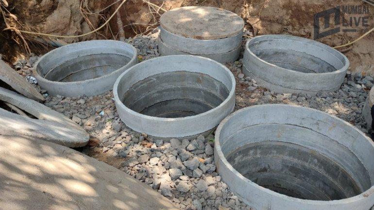 शिवाजी पार्क के नागरिकों की सुरक्षा के लिए शिवाजी पार्क मैदान में पानी की टंकियां