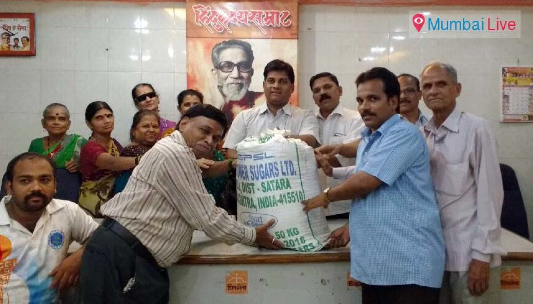 SS distributes food to Adivasi community