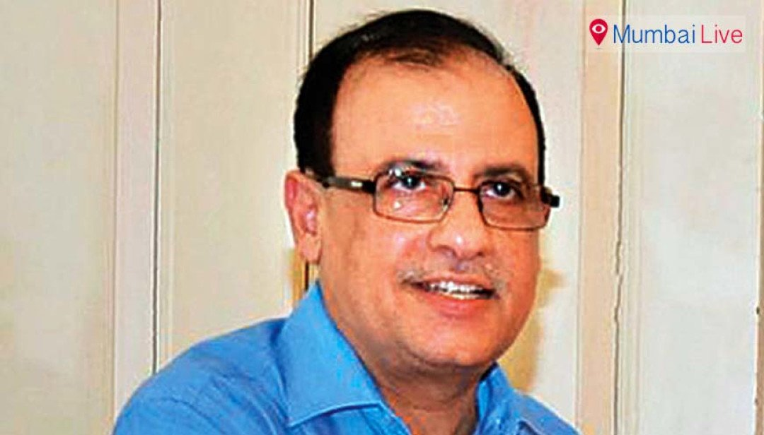 Students urge Ajoy Mehta to return penguins