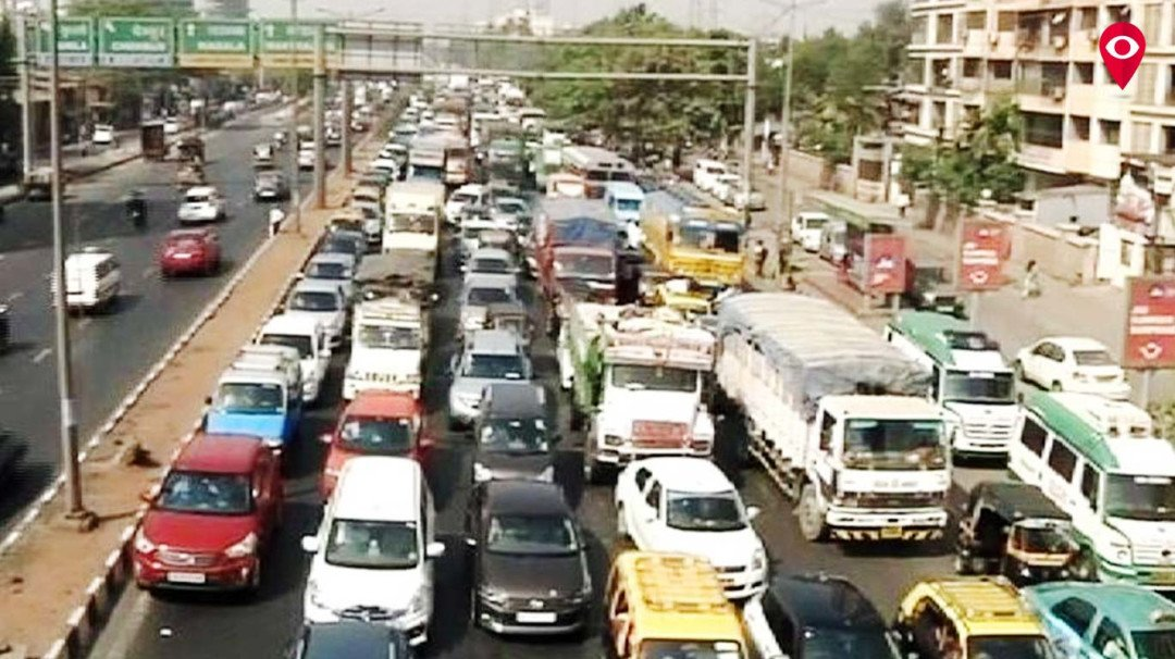 Amar Mahal bridge suffers damage, heavy traffic on Eastern Express Highway