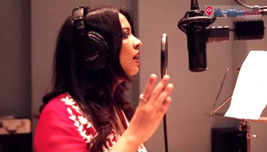 Meet Amruta Fadnavis, the playback singer