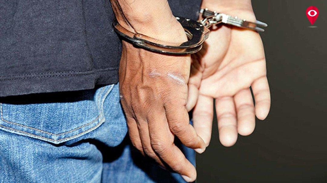 रिश्वत लेते सहायक इंजीनियर गिरफ्तार
