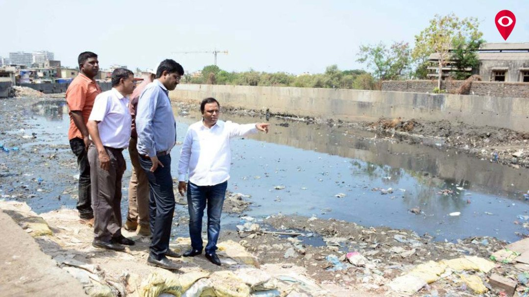 Ashish Shelar goes for the inspection of the drainage system in the city