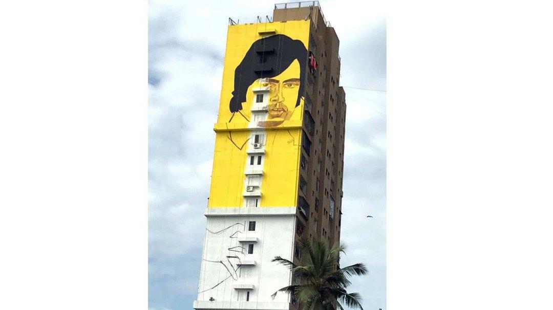 अमिताभ की ऐसी दिवानगी, 225 फूट लंबी दिवार पर उतारा चित्र !