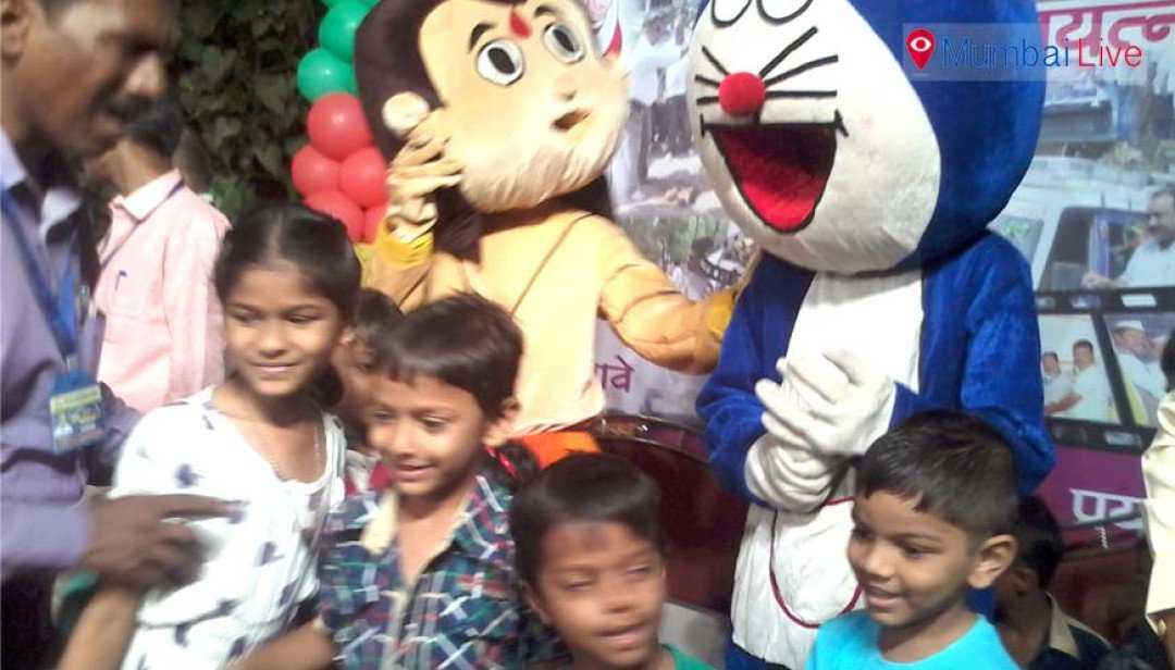 Kids rejoice at Ghatkopar