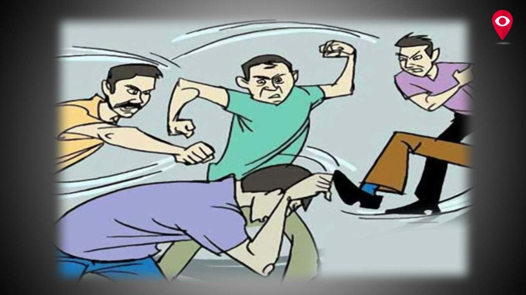 Four held in the case of thrashing a bar owner