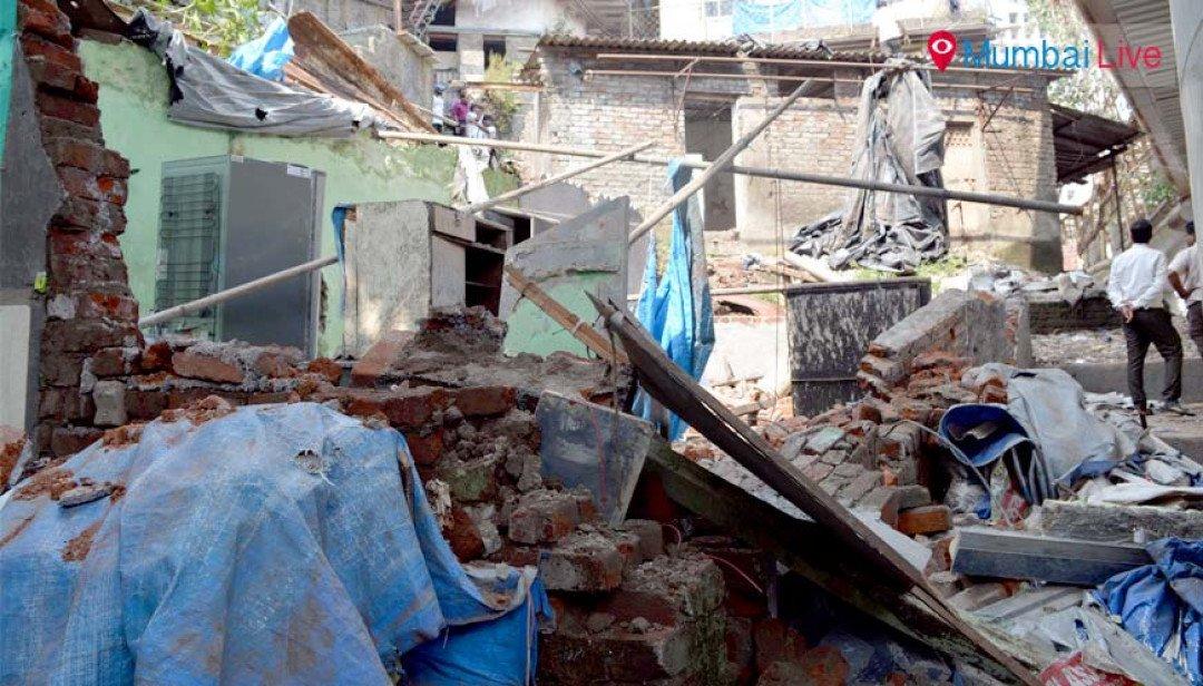 BMC demolishes Barkatli shanties