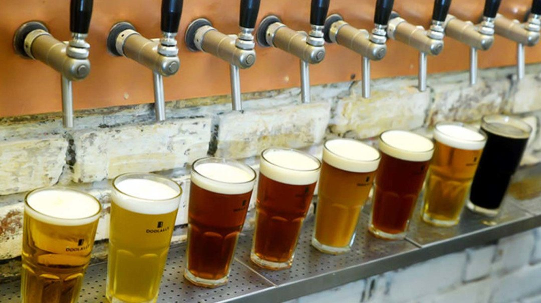 7 bars where you can enjoy a freshly brewed beer in Mumbai