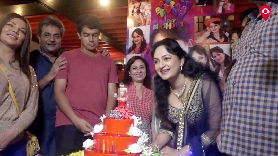 कॉमेडियन कपिल शर्मा के 'बुआ' की पार्टी में चोरी