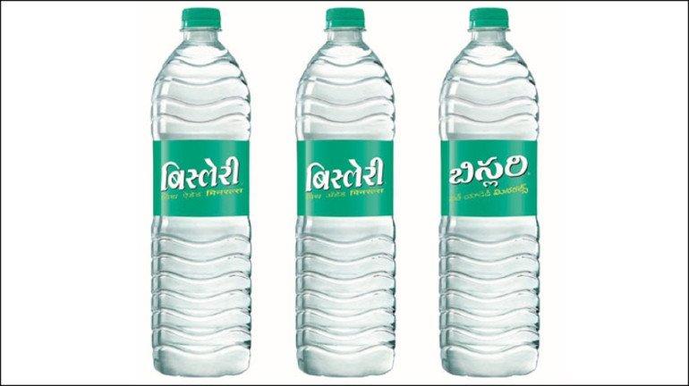 बिस्लेरी बाटल्यांवरील लेबल्स मराठीत, पण कुणामुळे?