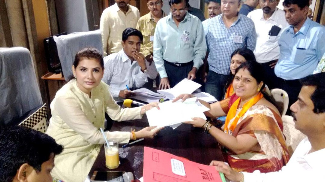 Candidates rush to file poll papers