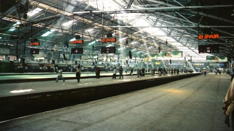 Mumbaikars will be able to travel from CSTM to Goregaon by early January
