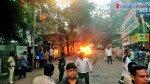 गाड़ी में लगी आग, लोगों में मचा हड़कंप