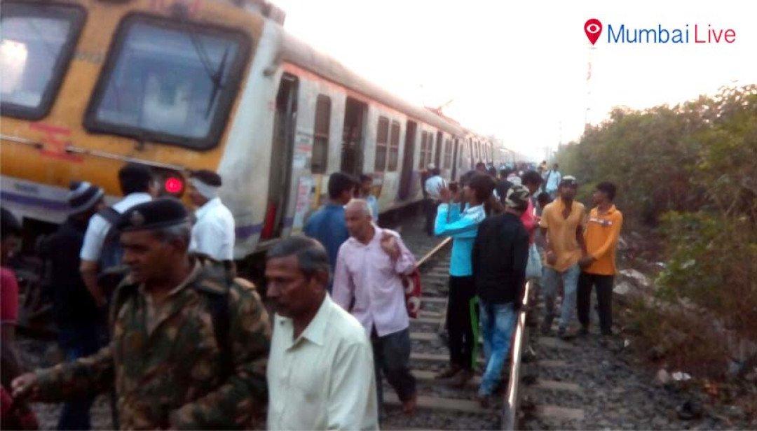 Local train derails between Kalyan, Vithalwadi