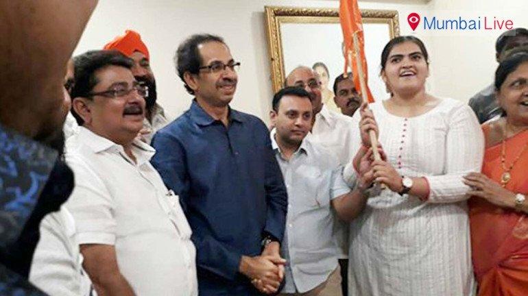 Former corporator leaves Congress, joins Sena