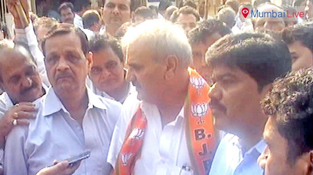 Congress leader Motibhai Desai joins BJP