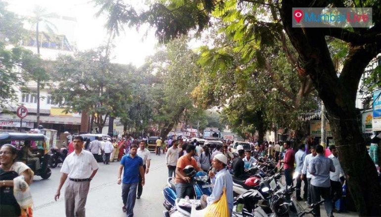 फुटपाथ विक्रेताओं पर नोट बंदी की मार