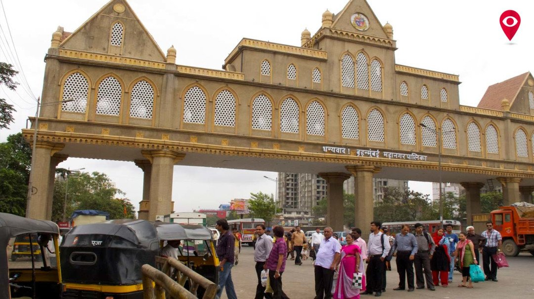 BMC fleecing traders at Octroi Point