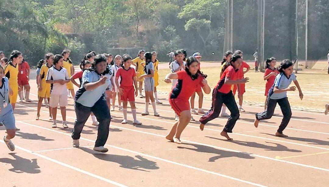 विद्यार्थियों ने लिया खेल स्पर्धा में हिस्सा