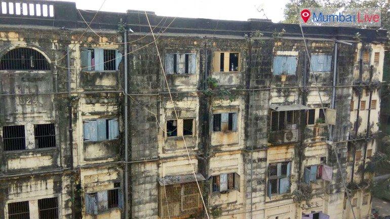 बीडीडी और धारावी का पुनर्विकास लटका