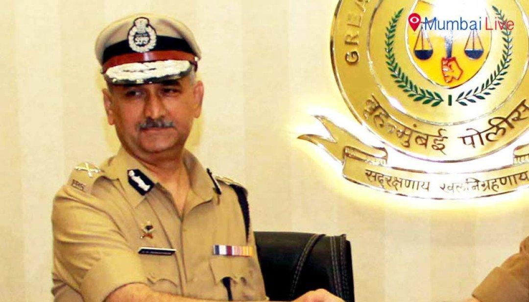 मुंबई पोलिसांना नववर्षाची अनोखी भेट