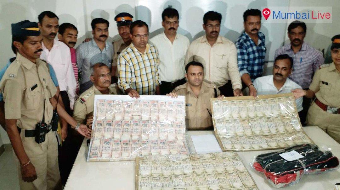 एक करोड़ के पूराने नोट के साथ पांच गिरफ्तार
