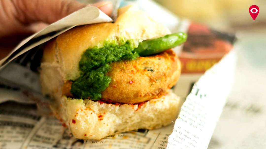 You might just be consuming harmful ink with your vada pav!