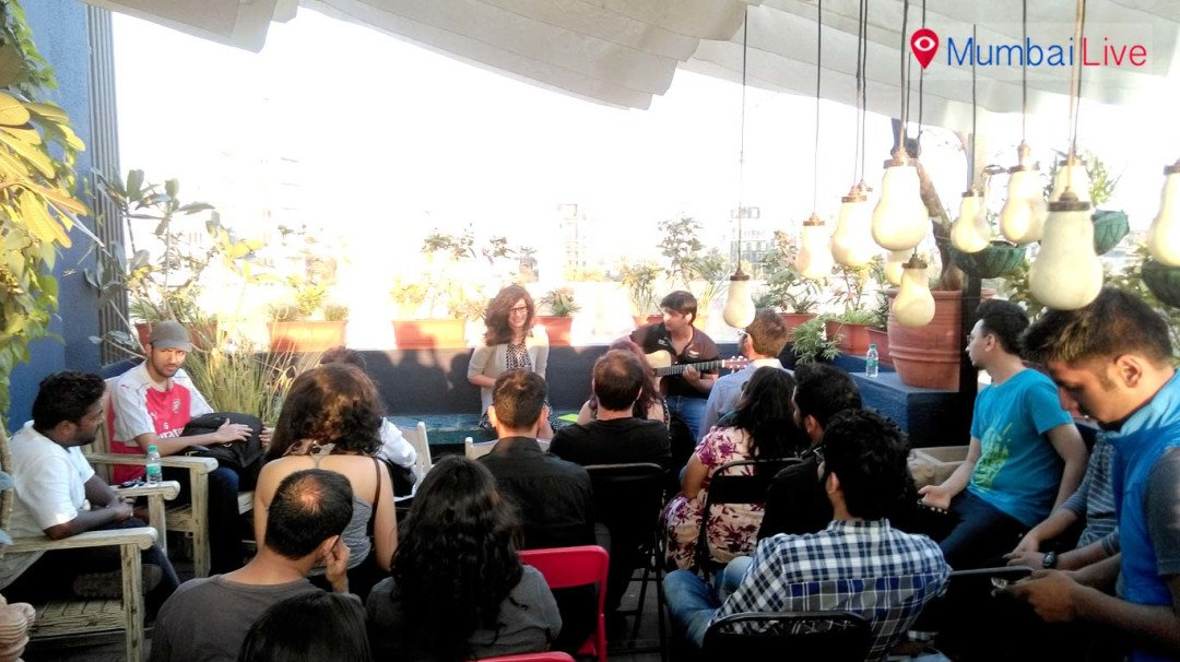 Bandra hosts show for budding Facebook poets