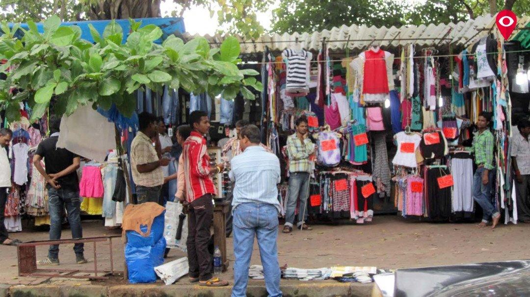 फैशन स्ट्रीट पर 49 दुकानदारो पर मंगलवार को कार्रवाई
