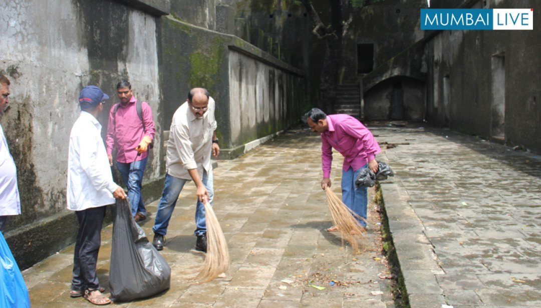 Sewri Fort Cleanup