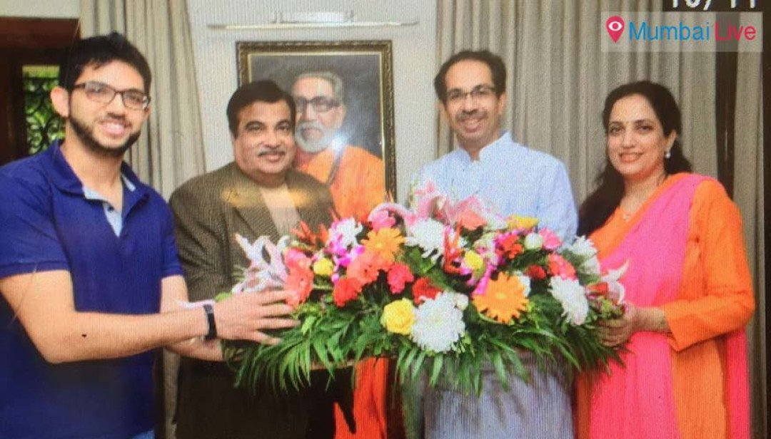 Nitin Gadkari meets Uddhav Thackeray