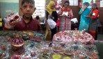 दिव्यांग छात्रों के दियों की प्रदर्शनी