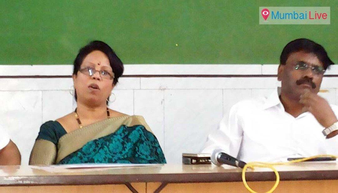 MNS Sandeep Deshpande in trouble