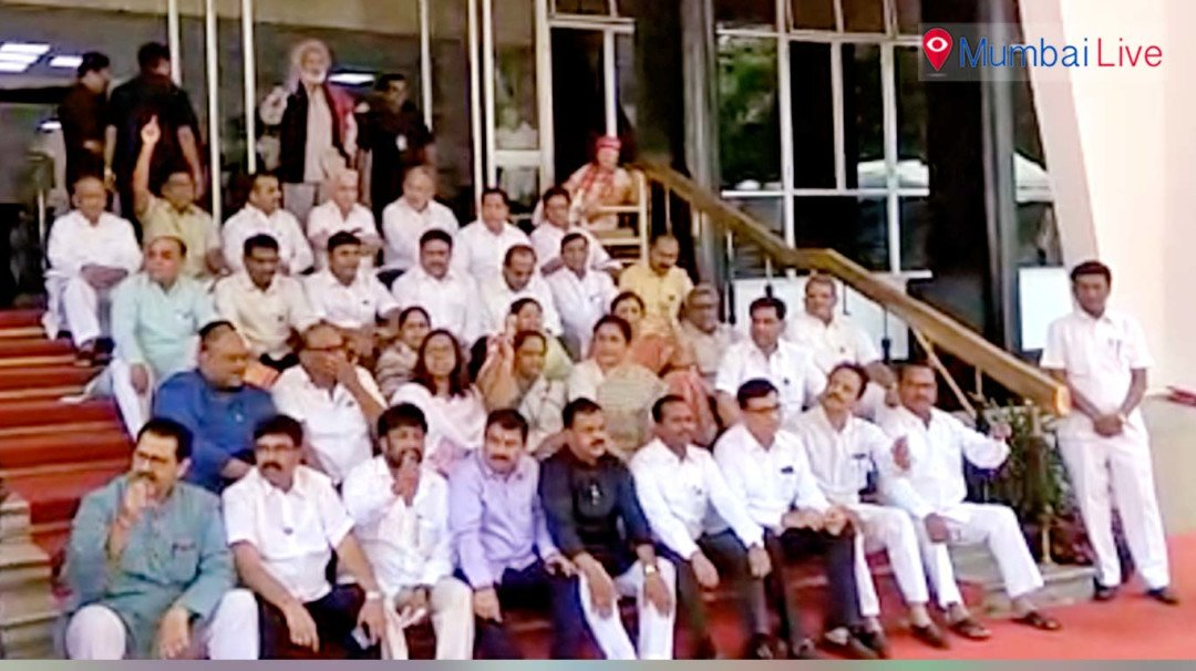 Opposition protests at Vidhan Bhavan for police assault on farmer