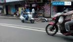 मुघभाट रस्त्याच्या मधोमध कचरा