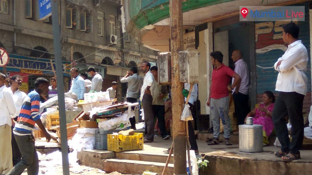 BMC seizes license of illegal hawkers
