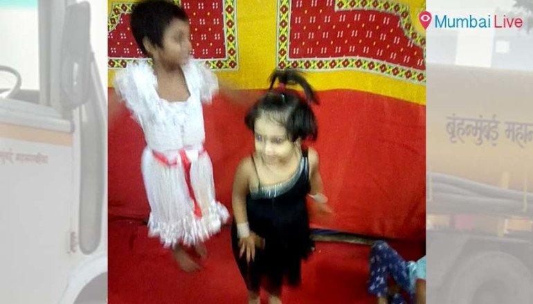 शौचालय की टंकी में गिरने से बच्ची की मौत