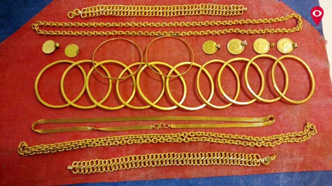 Gold worth INR 92 lakh seized at Mumbai Airport